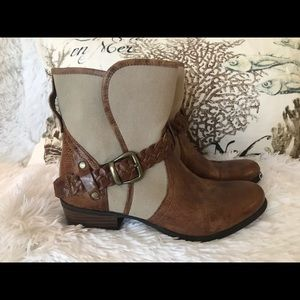 Ariat boot women's size 7 canvas and leather